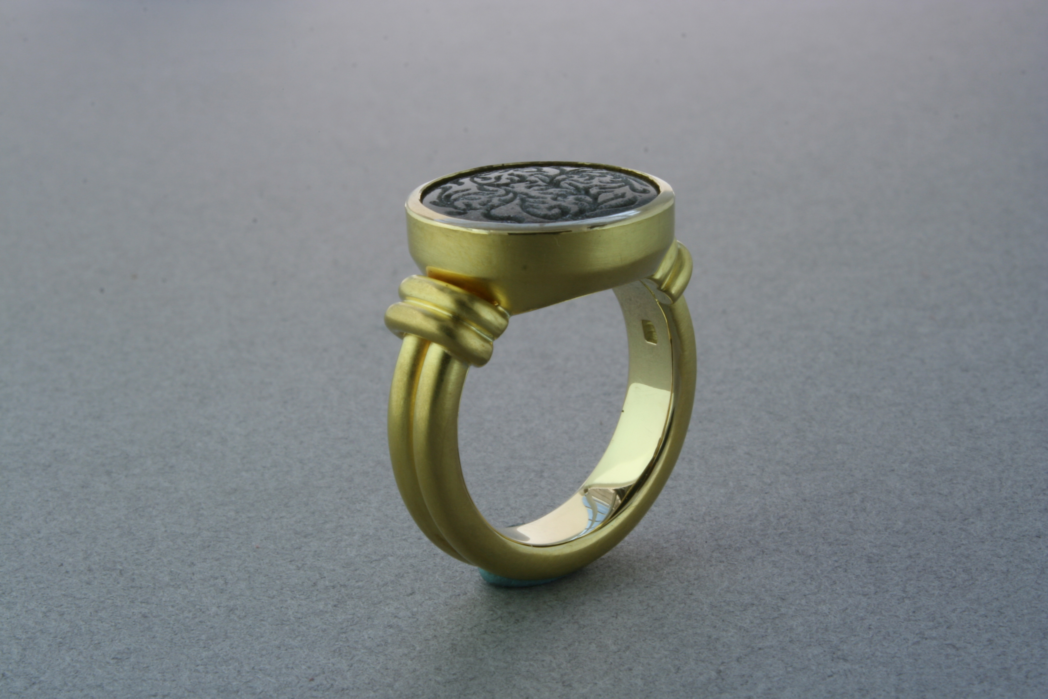 Custom made ring, black jade, gold 18Kt.